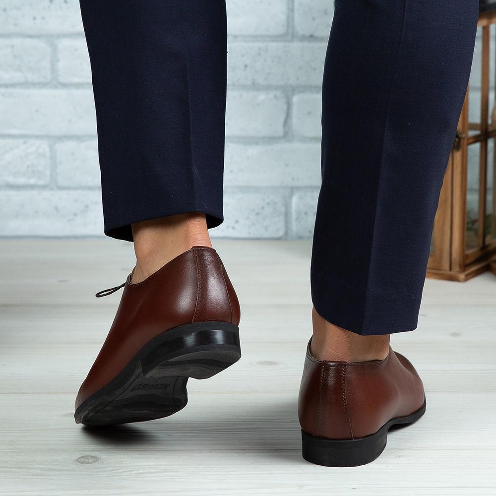 Imagine Pantofi eleganți bărbați din piele naturală O25 Maro