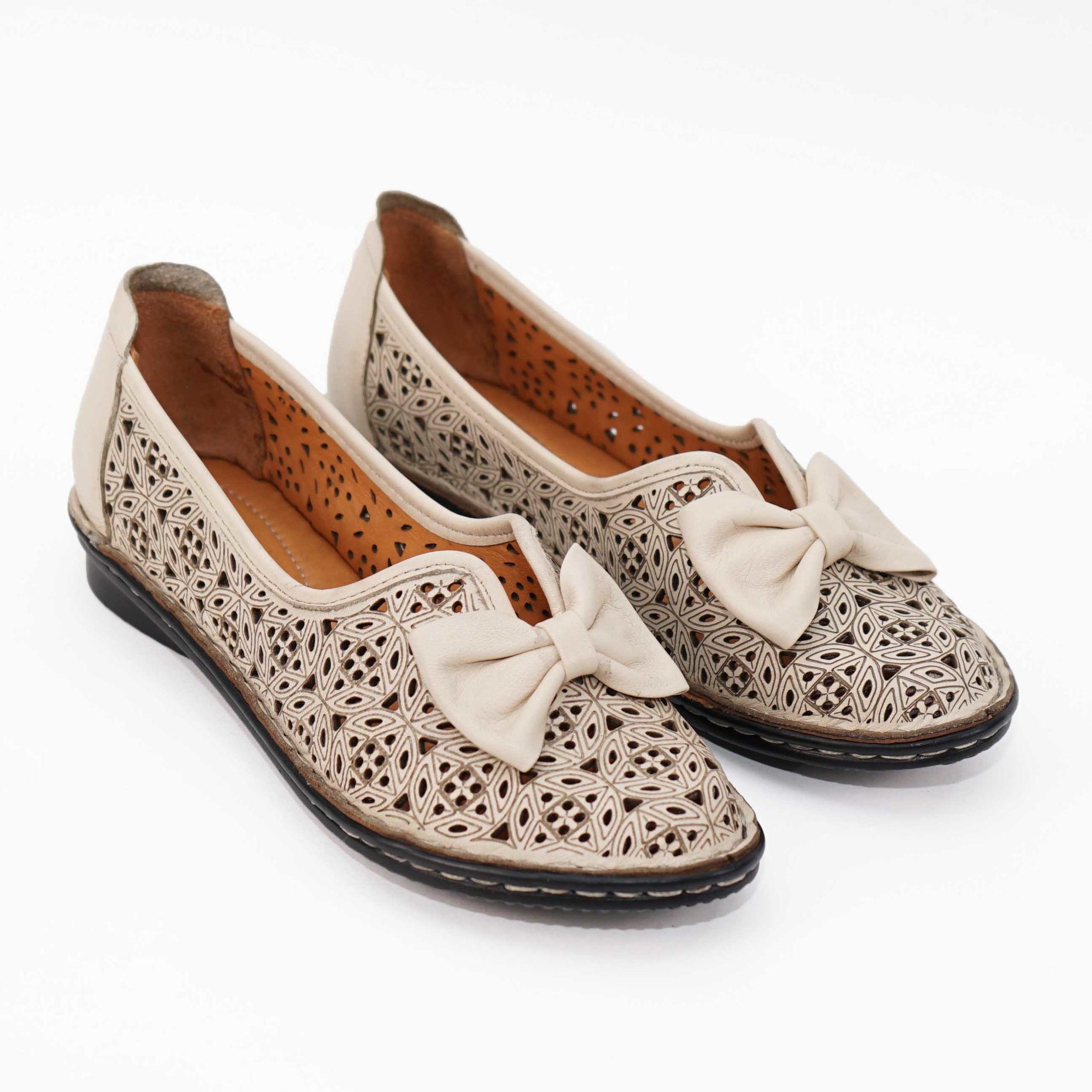 Imagine Pantofi perforati damă piele naturală T 1000 bej